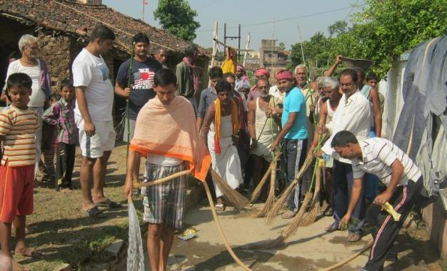 नरेन्द्र मोदी द्वारा चलाये गये स्वच्छता अभियान का गांवों में भी दिख रहा असर